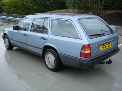 230TE Estate from 1987