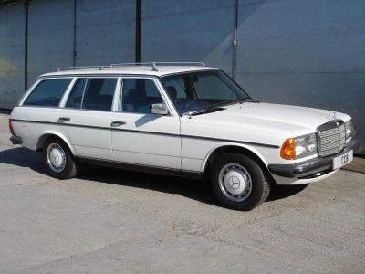 230TE estate from 1983
