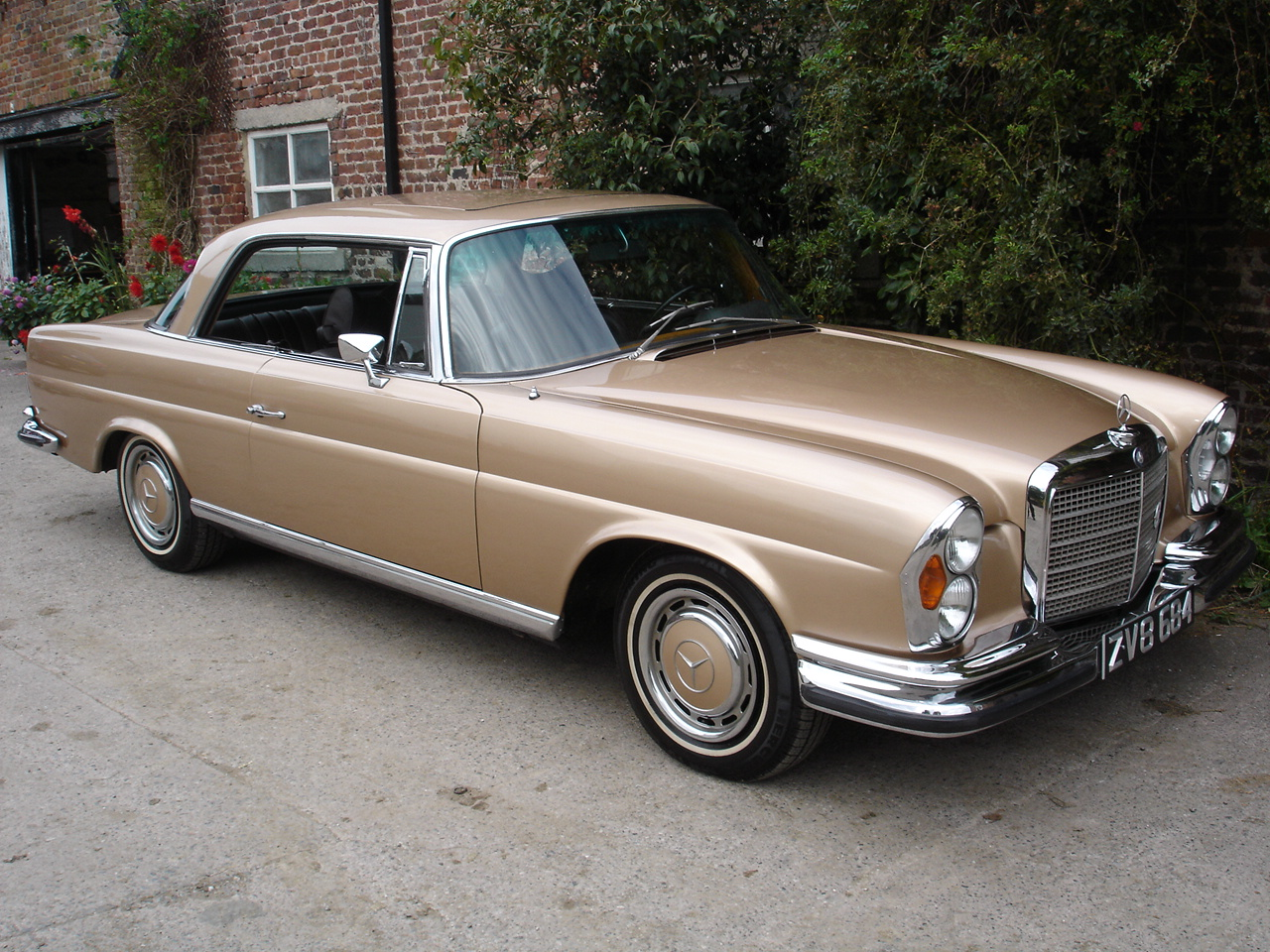 280se coupe 2 8 litre 6 cyl lhd 1969g sold cheshire for Old mercedes benz models