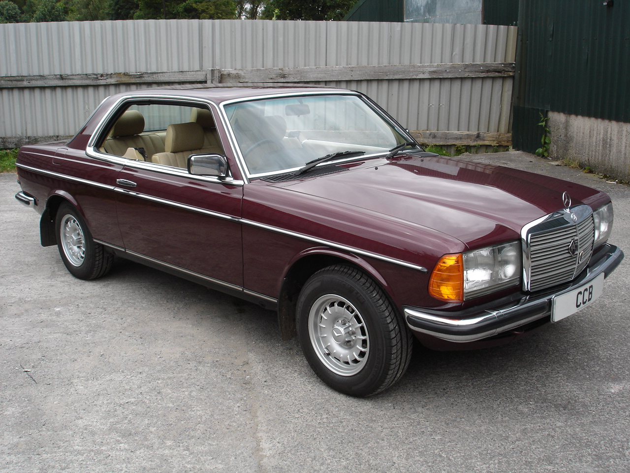 230ce Coupe 2 3 Litre 1985b Sold Cheshire Classic Benz